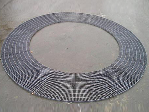 Heterotypic Steel Grating